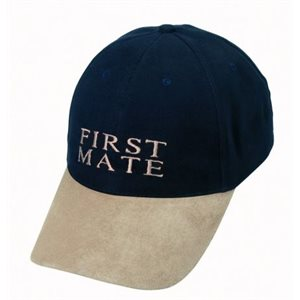 Cap 'First mate' on size fits all
